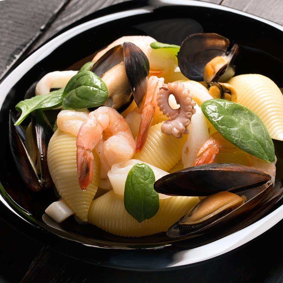 Conchiglioni-mit-Meeresfruechten