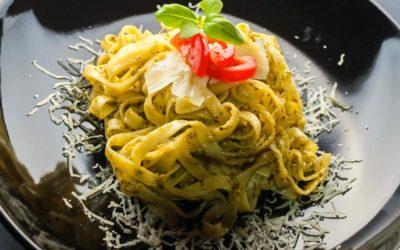Fettuccine mit Walnuss-Pesto