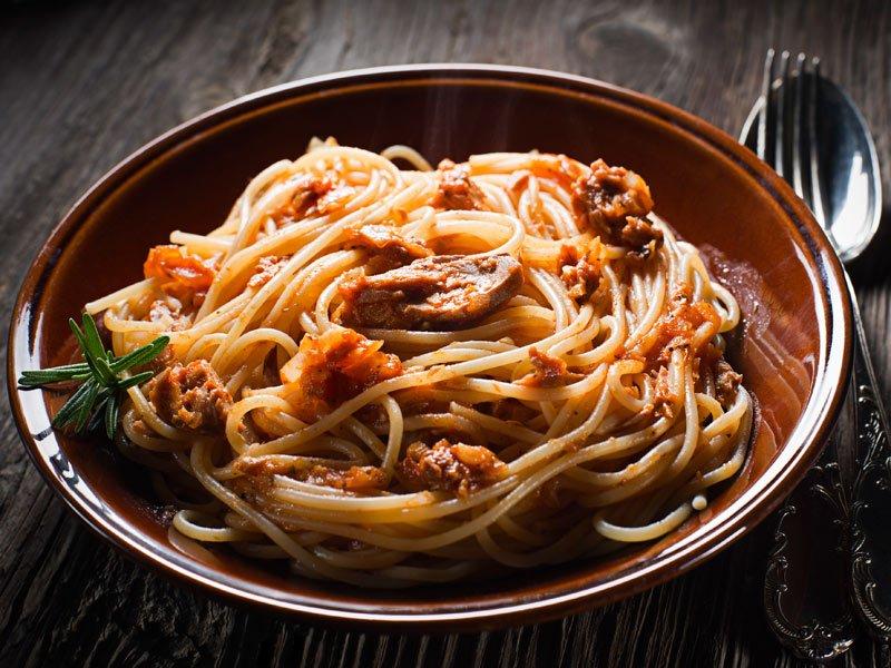Spaghetti mit Thunfisch Sauce
