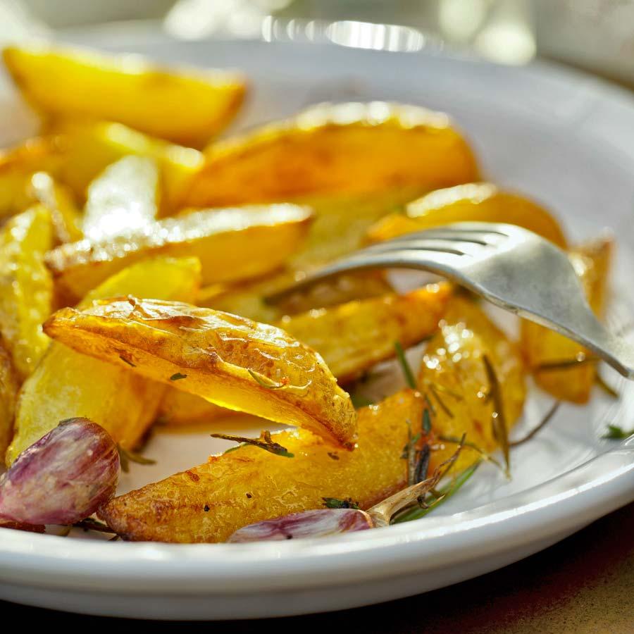Leckere-Kartoffelecken-aus-dem-Ofen