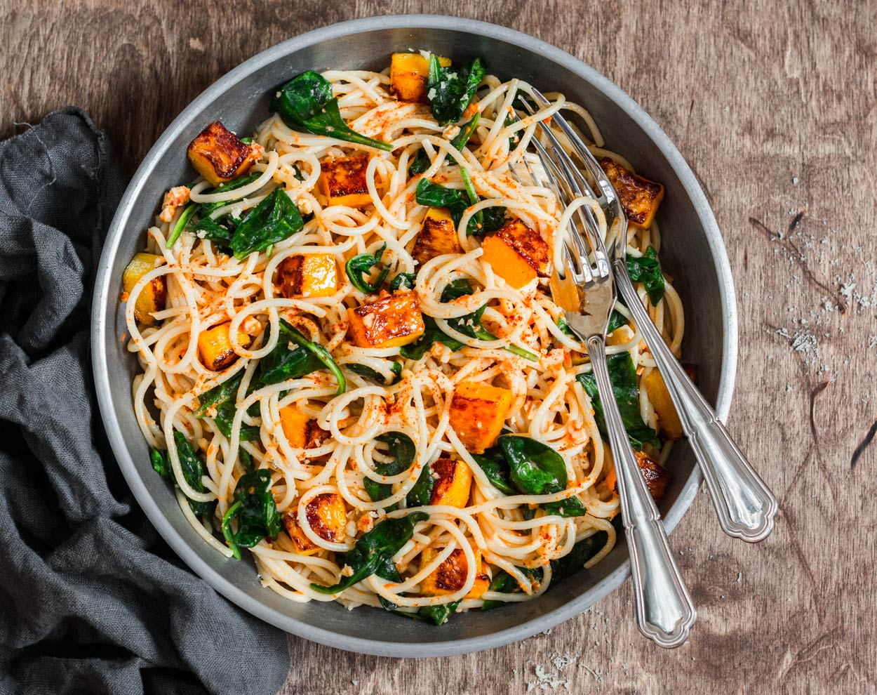 spaghetti-kuerbiswuerfel