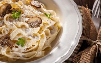 Tagliatelle mit Champignons und Gorgonzola