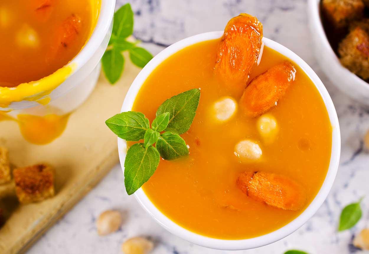 karotten-kichererbsen-suppe