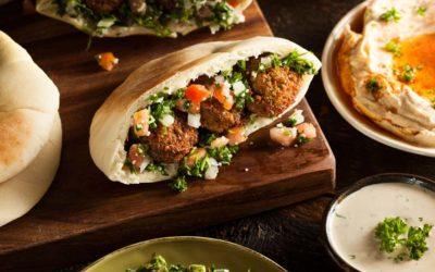 Veggie Pita mit Falafel