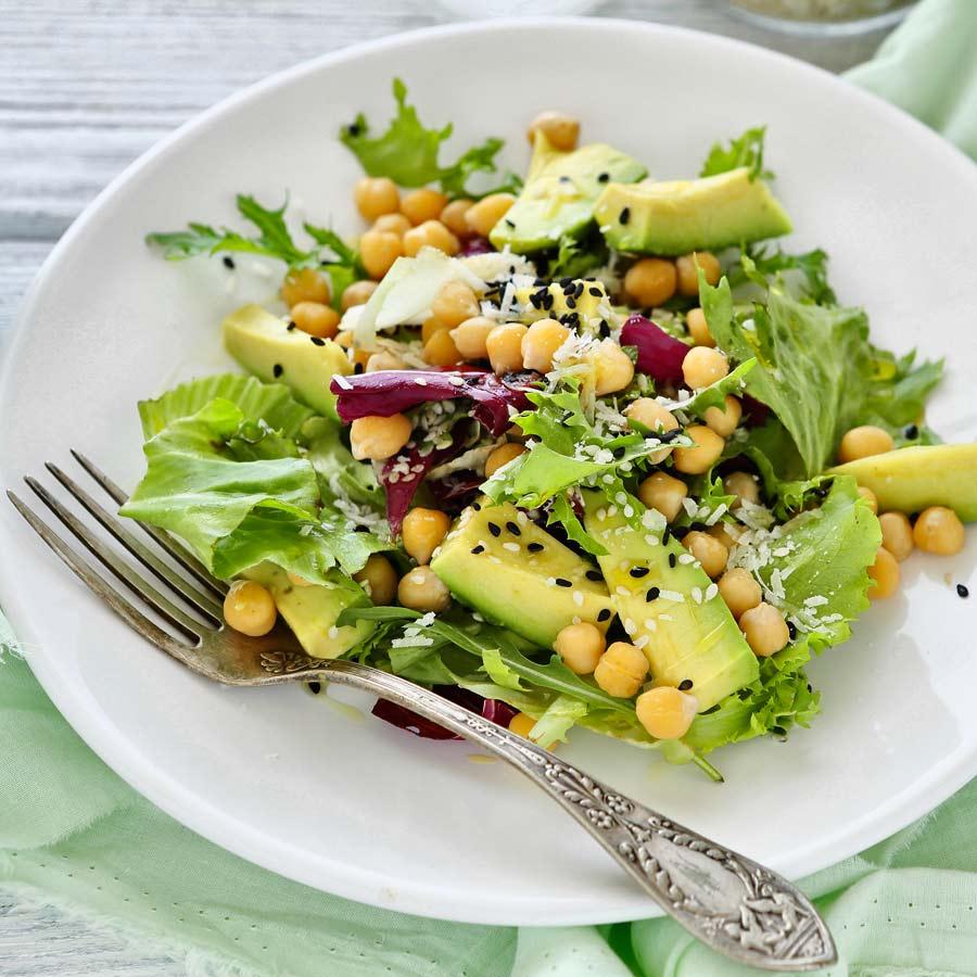 Avocado-Kichererbsen-Salat vegan
